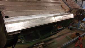 39. Passenger-Side Rocker Floor Flanges Welded